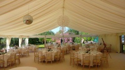 Panoramic windows shed light into clearspan marquee westernmarquees.co.uk